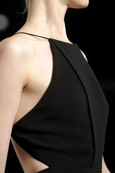 basic black halter- couture, love this so much Fashion Design Inspiration, Mode Inspiration, Minimal Fashion, High Fashion, Fashion Terms, Fashion Black, Retro Fashion, Korean Fashion, Mode Style