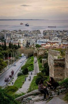 Ανω πολη Macedonia Greece, Crete Greece, Greece Thessaloniki, Beautiful Islands, Beautiful Places, Amazing Places, Holiday Places, Ancient Greece, Greece Travel