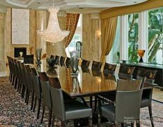 Property For Sale in Orlando Long Dinning Table, Elegant Dining Room, Estate Homes, My Dream Home, Property For Sale, My House, The Neighbourhood, Real Estate, Dining Rooms