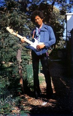 The day before Jimi Hendrix died on September 17, 1970, these serene photographs were taken during his stay at the Samarkand Hotel. Jimi can be seen enjoying his favorite Fender Stratocaster guitar, a spot of tea and some outdoor activities. Apparently Hendrix and his girlfriend, Monika Danneman, spent the majority of the sunny day strolling King's Road, shopping for clothes at the Chelsea antiques market and visiting the Cumberland Hotel. These are the last known photographs ever taken...