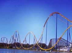 11 Amusement Park Rides You Must Go On Before You Die