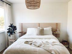 Diy Bed Headboard, Floating Headboard, Headboard With Shelves, Modern Headboard, Headboard Designs, Headboards For Beds, Nordli Ikea, Diy Apartment Decor, Bedroom Night Stands