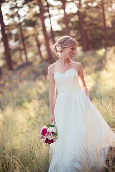 Estes Park wedding hair, Della Terra www.artessaphotography.com