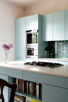 Cleaner look in pale blue and beige