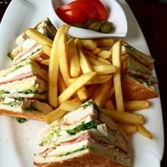 #PIN Club Sandwish Anyone?! A Simple Tasty And Anytime Favorite Meal Why Not Try It At Micheals? #club #clubsandwish #ham #cheese #eggs #fries #pickles #mayo #chicken #bread #toast #foodholic #yummy #tasty #food #foodporn #instafood #instayummy http://www.itubeudecide.com/