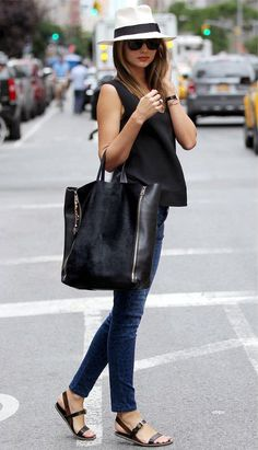 Miranda Kerr kills it every time! #fashionista