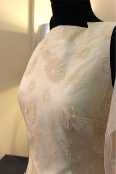 Flowers in your weddingdress MMAH #weddingdress #vestidodenovia #novias #brides
