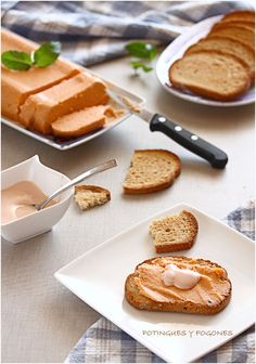 Paté de cabracho Pate Recipes, New Recipes, Favorite Recipes, Food From Different Countries, Mousse, Kitchen Dishes, Food N, Sin Gluten, Tasty Dishes