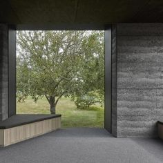 This moody Melbourne house extension by local studio Branch Studio Architects features dark rammed-charcoal walls, window nooks and an outdoor bathtub. Rammed Earth Homes, Rammed Earth Wall, Contemporary Architecture, Architecture Design, Australian Architecture, Residential Architecture, Organic Architecture, Charcoal Walls, Ideas