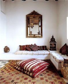 51 Relaxing Moroccan Living Rooms | DigsDigs #inspiration #moroccan #livingroom