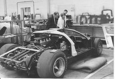 Naked.Ford GT40.