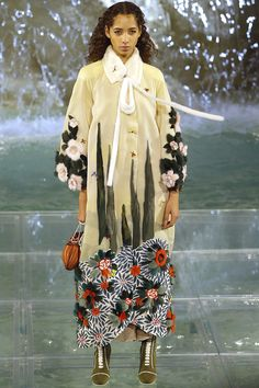 Fendi Fall 2016 Couture Fashion Show - Yasmin Wijnaldum
