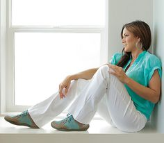 Best plantar fasciitis shoes and most comfortable shoes for heel pain. Pika Dusk & Aqua $116.97- Women's Business Casual Shoe for all-day comfort and foot pain relief. Ideal For: Activity: Walking,  Standing, Travel Foot injuries: Fallen arches, plantar fasciitis, hammer toe, flat feet, heel pain, bunions Shoes for PF & heel pain  www.kurufootwear.com