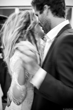 when you grab me and dance... makes me so so so happy