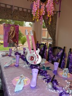 Pop Star Party Table