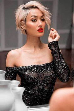 Most recent Pics 40 Latest Short Haircuts for Women Trend bob hairstyles 2019 Strategies Each hair has its characteristic, and Short Hair Styles Easy, Short Hair Cuts For Women, Short Hairstyles For Women, Curly Hair Styles, Natural Hair Styles, Urban Hairstyles, Trending Hairstyles, Pixie Hairstyles, Latest Short Haircuts
