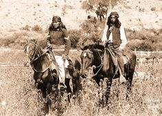 Topic: Native American Cuisine Region specific: Western Apache Cooking and Cuisine Micro-Regional Definition: White Mountain Apache Cui. Native American Photos, Native American History, Native American Indians, Native Americans, Plains Indians, American Life, Indiana, Indian Scout, Native Indian