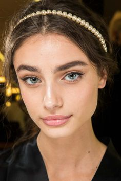 Taylor Marie Hill - Hair and Beauty at Dolce & Gabbana Fall 2015 Taylor Marie Hill, Taylor Hill Hair, Bridal Hair And Makeup, Bridal Beauty, Hair Makeup, Inka Williams, Tumbrl Girls, Show Beauty, Too Faced