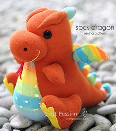 Free pattern: Sock dragon softie