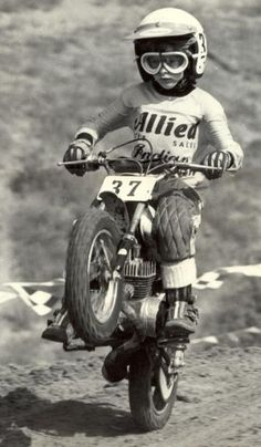 Vintage Motorcycles I owned a mini indian too since i was I will have to find the photo(s) to share. [Old Indian Mini-Bike - Vintage Motorcycle Racer] - Enduro Vintage, Vintage Motocross, Vintage Bikes, Vintage Motorcycles, Motocross Girls, Motocross Racing, Mini Bike, Valentino Rossi, Kids Atv