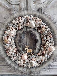 Christmas Advent Wreath, Christmas Date, Winter Christmas, Christmas Gifts, Xmas, New Years Decorations, Christmas Decorations, Diy Wedding, Fall Decor