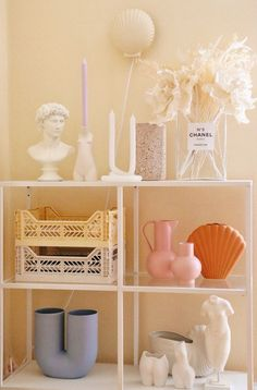 Pastel Decor, Deco Pastel, Pastel Bedroom, Funky Bedroom, Bedroom Vintage, Interior Design Minimalist, Danish Interior Design, Room Ideas Bedroom, Bedroom Inspo
