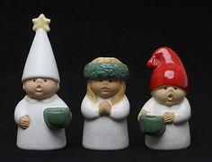 """LJUSSTAKAR, 3 st, """"Advent"""", Lisa Larson, Gustavsberg. Ceramics & Porcelain - European – Auctionet"""