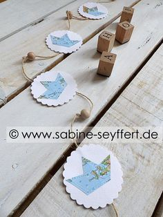 Textiles, Paper Cutting, Activities For Kids, Origami, Diy And Crafts, Wall Decor, Place Card Holders, Diy Papier, Blog