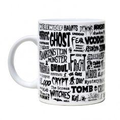 Si eres fan de las películas clásicas de terror esta es tu taza: Drácula, Frankestein, Zombies, Tarántula... no falta ninguno en esta taza terrorífica.