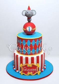 CIRCUS CAKE Carnival Birthday Cakes, Circus Theme Cakes, Carnival Cakes, Circus Theme Party, Circus Birthday, Themed Cakes, Circus Wedding, Carnival Costumes, Cupcakes