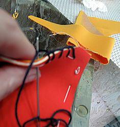 Tutorial paso a paso bikini de neopreno y crochet de las famosas   Manualidades Prada, Bikinis Crochet, Halter Bikini, Heels, How To Wear, Outfits, Style, Fashion, Crochet Bikini