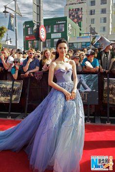 Yao Chen asiste al estreno mundial de El Hobbit en Wellington, Nueva Zelanda, en 2012.