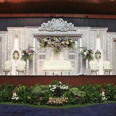 Wedding Reception Backdrop, Wedding Stage Decorations, Wedding Photo Booth, Backdrop Decorations, Wedding Centerpieces, Backdrops, Wedding Photos, Wedding Ideas, Wedding Stage Design