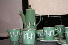 Palissy Kon Tiki tea set