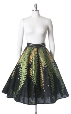 Tulle Dress, Dress Up, Tulle Tutu, 1950s Fashion, Vintage Fashion, Mexican Skirts, Tulle Skirt Tutorial, Mexican Fashion, Black Sequins