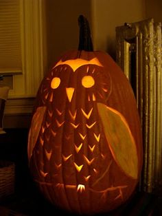 Pumpkin Carving Tips and Tricks. Love this owl carving! #pumpkin #pumpkin carving