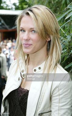 French Singer Lorie during 2006 French Open - Celebrity Sightings - May 2006 at Roland Garros in Paris, France. Star Francaise, French Open, France Photos, French Actress, Ubs, Portraits, Belle Photo, Celebrity News, Opera