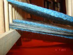 Quiero Pura Lana: 1° CLASE DE TELAR: antes de empezar a tejer Knit Mittens, Textiles, Weaving, Knitting, Erika, Crochet, Tinkerbell, Templates, Wood