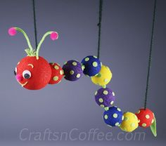 Who isn't fascinated by the antics of an inchworm? This Wiggly Worm Marionette mimics an inchworm, gliding along on easy-to-maneuver marionette strings. This DIY inchworm puppet is a perfect rainy ...