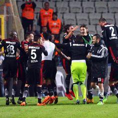 Şeref'iyle oynayan Hakkı'yla kazanan #Beşiktaş ile #Gururlan