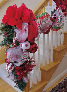 Ornament usages: in tulle garland