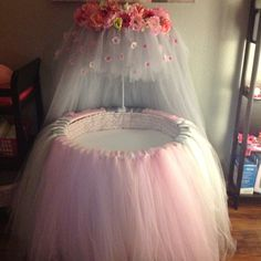 Pink & gray tulle & floral bedding for round bassinet