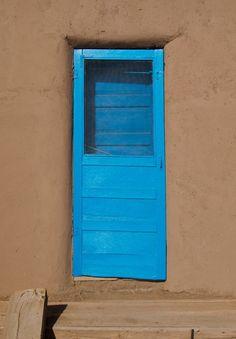 _door (turquoise) »