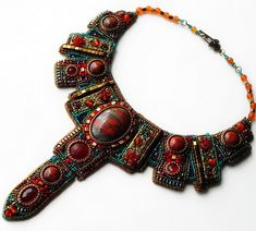 Beautiful embroidered jewelry by Alena Cilenticyriver(III) | Beads Magic