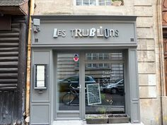 Les Trublions stands on a steeply-sloped street on the north side of Montagne Sainte-Geneviève, just downhill from the Panthéon. http://www.parisinsights.com/restaurants.php