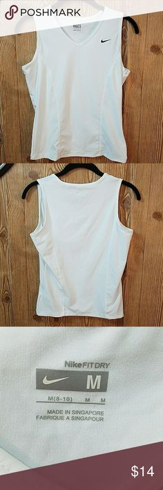 ♀NWOT Nike Fit Dry Sport Top😑 White Nike Fit Dry V-Neck Sport Top Nike Tops Tank Tops