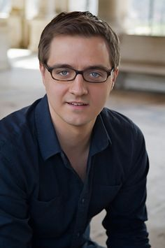 Chris Hayes, MSNBC anchor is a True Summer