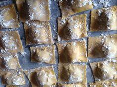 Ravioli maison Ravioli, Banana Bread, Homemade, Desserts, Food, House, Tailgate Desserts, Postres, Deserts