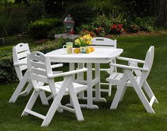 Backyard With Oversize Lush Lawn Also Unique White Dining Furniture Set For Patio Design Idea
