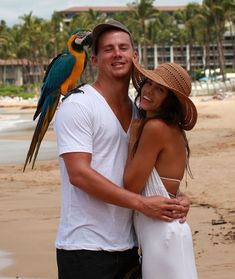 Jenna Dewan-Tatum - Channing Tatum and Jenna Dewan Engaged in Maui